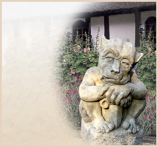 gargoyle figuren aus stein f r den garten kaufen online shop. Black Bedroom Furniture Sets. Home Design Ideas