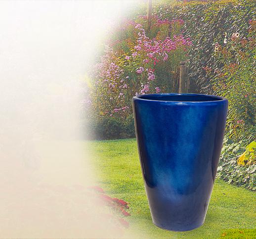 Moderne Pflanzamphoren aus Terrakotta für den Garten   Antik ...